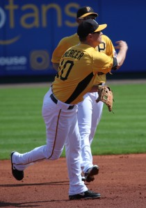 Jordy Mercer could be joining the Pirates.