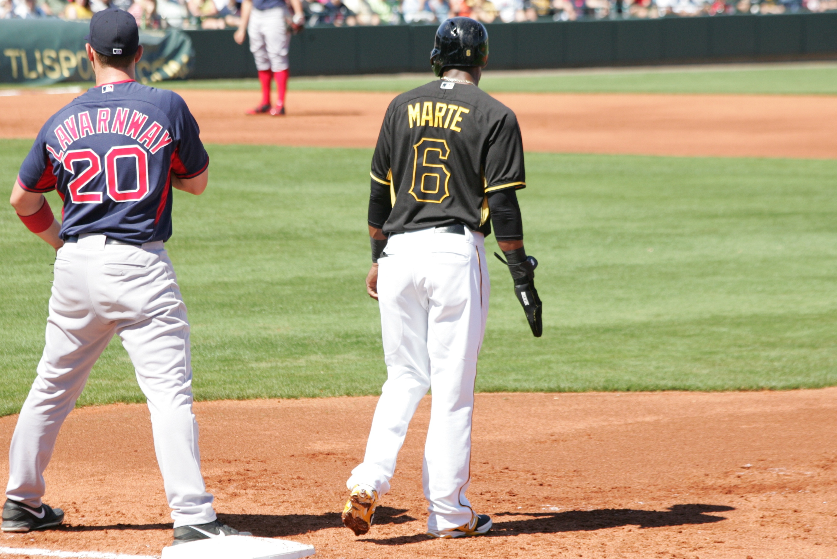 """Starling Marte wearing his protective """"oven mitt""""."""